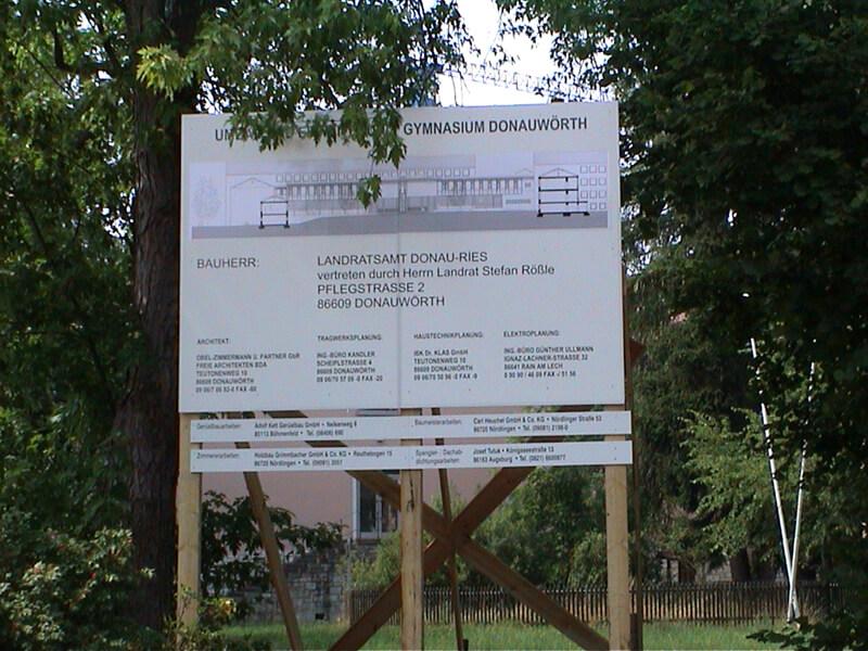 Bautafel Gymnasium 2