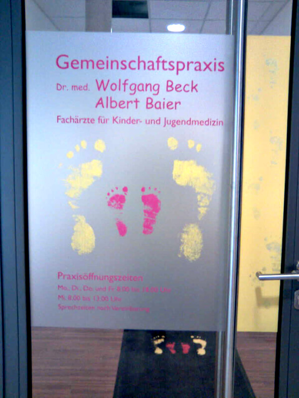 Beck Kinderarzt Eingangstüre